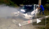 Видео: на Кубани гоночная машина жестко врезалась в столб и задымилась