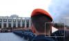 Будущие пожарные принесли присягу на площади Победы в Петербурге