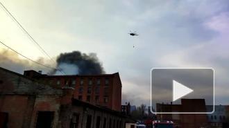 Пожар в хостеле на улице Тельмана тушат 32 спасателя