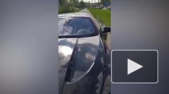 Водитель BMW сбил подростка, помешавшего ему проехать по тротуару