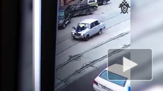 В Нижнем Новгороде подросток без прав сбил инспектора ДПС