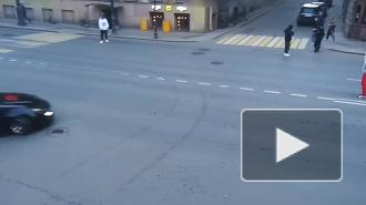 Водители застряли в пробке из-за дрифтера на улице Восстания