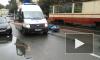 На Обуховской Обороны отчаянный скутерист угодил под автомобиль