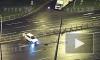 Видео: машина влетела в разделительную полосу и снесла забор на Софийской