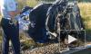 В Киришском районе Ленобласти пассажирский поезд столкнулся с легковушкой: есть погибшие