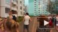 Подросток прыгнул с 5 этажа на глазах друзей