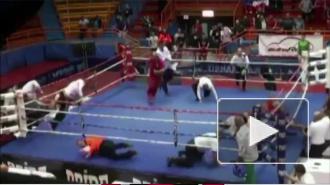 Боксер жестоко избил судью прямо на ринге