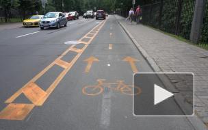 Экспериментальная велополоса на Крестовском острове вызвала конфликт между авто- и велолюбителями