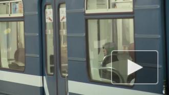 "На станции метро ""Улица Дыбенко"" скончался мужчина, проводится проверка"
