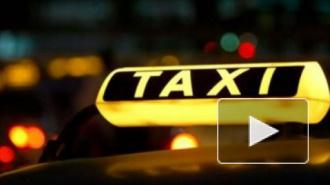 Таксист провел в машине ночь с трупом подруги, а потом несколько часов возил его по городу, думая, что девушка спит