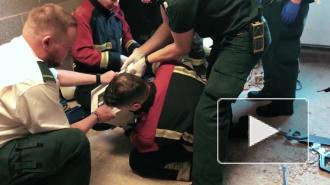 Блогер из Великобритании зацементировал свою голову в микроволновке