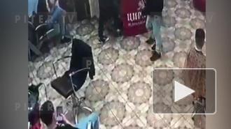 Трое в масках стреляли в муринском салоне красоты