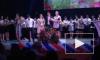 Скандальное видео из Адыгеи: Золотая медалистка со сцены обвинила одноклассницу в незаконном получении золотой медали