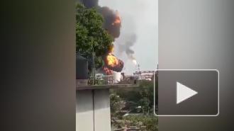 На НПЗ на востоке Мексики произошел пожар после нескольких взрывов