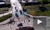 Ремонт дороги в Кудрово собрал пробку и разбудил жителей соседних домов