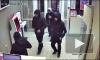 Нападение на салон сотовой связи в Новосибирске попало на видео