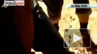 Перед смертью Каддафи изнасиловали железным прутом