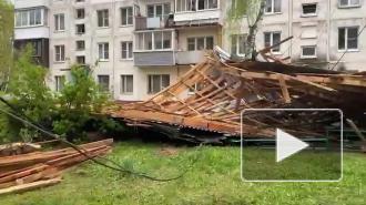 Ветер снес половину крыши дома в Подмосковье