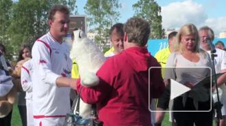 Марат Башаров сыграл в футбол и помог детям