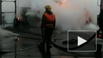 Жители Петербурга заметили пожар на проспекте Славы