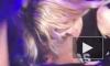 Престарелая Мадонна засунула язык в рот 28-летнему рэперу Дрейку прямо на сцене. Видео разлетелось по Сети