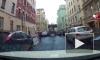 """Видео: на Гатчинской бульдозер протаранил припаркованный """"Ягуар"""""""