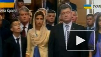 Сын Порошенко потерял сознание во время молебна за Украину в Киеве