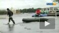 В Петербурге штормит, вода в Неве поднимается