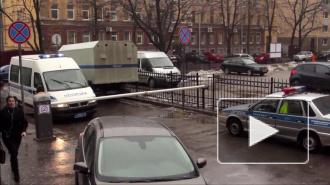 """В Петербурге 63-летний мужчина назвался """"Петровым"""", чтобы заминировать самого себя"""