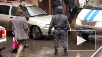 """В Петербурге двое жителей Калмыкии представились """"девушкой"""" и ограбили таксиста"""