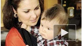 У сына Анна Нетребко обнаружили страшную болезнь, не признанную в России