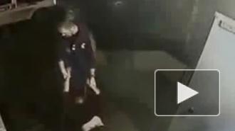 Видео с врачами скорой, издевавшимися над пациентом без сознания, вызвало скандал