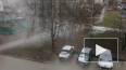Видео: улицу Десантников затопило кипятком