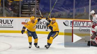 """""""Каролина"""" уступила """"Нэшвиллу"""" в матче плей-офф НХЛ"""