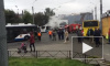 Петербуржцев напугал полыхающий троллейбус у «Старой Деревни»
