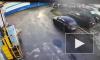 Видео: водитель иномарки переехал девушку на Чугунной улице