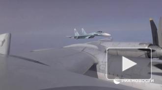 Два ракетоносца Ту-95МС выполнили плановый полет над Черным морем