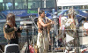 Индейцы-программисты собирают аншлаг на улицах Петербурга