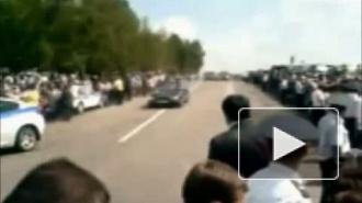 Джип Дмитрия Медведева врезался в толпу людей