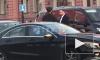 """Видео: велосипедист хотел извинений от водителя легковушки, но получил по """"шее"""""""