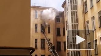 На улице Маяковского потушили пожар в коммуналке