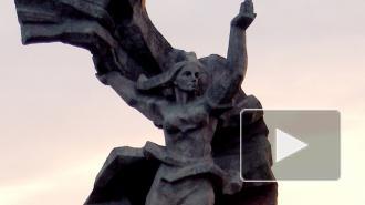 Полиция Латвии перекрыла доступ к памятнику Освободителям Риги